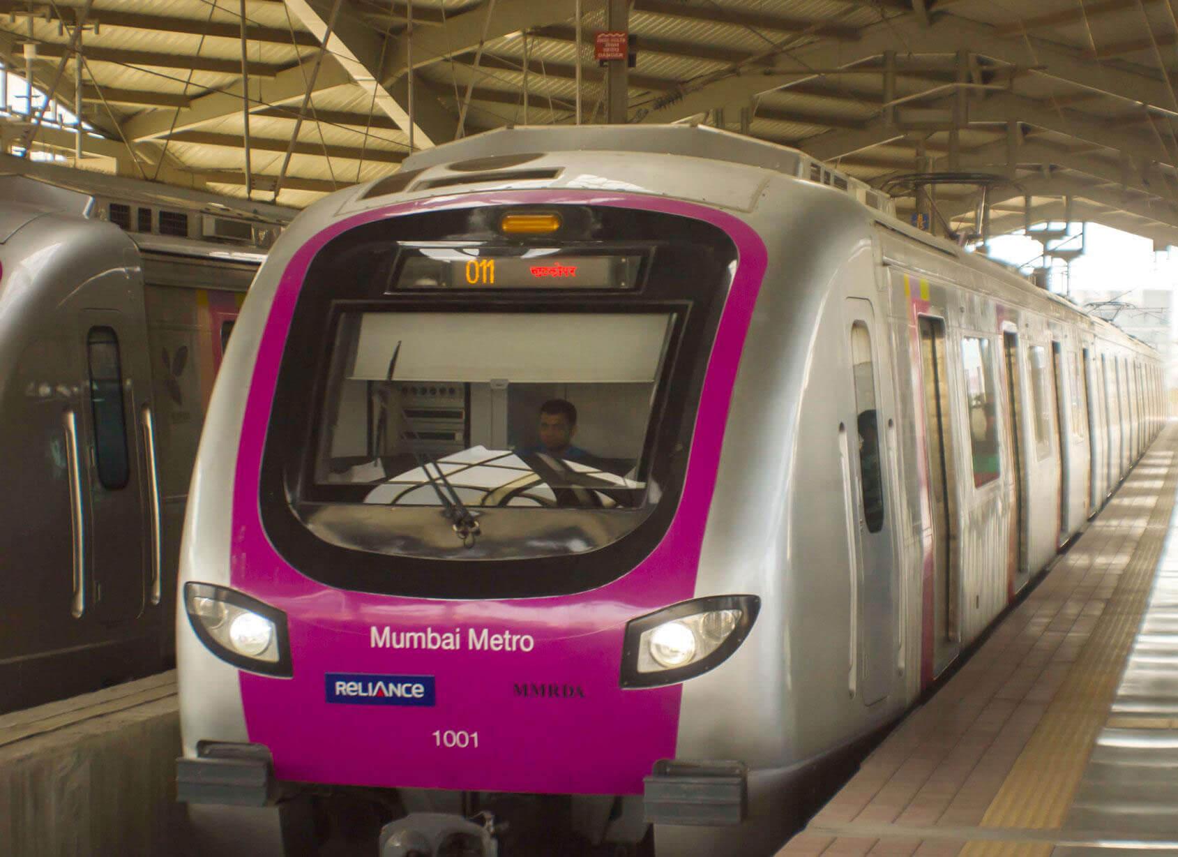 What is common between Taiwan Tourism Bureau and Mumbai metro?