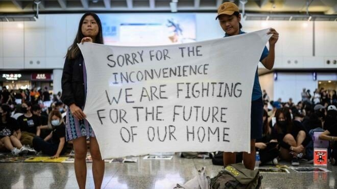 Hong Kong High Court orderred protesters to leave as HK Airport reopened