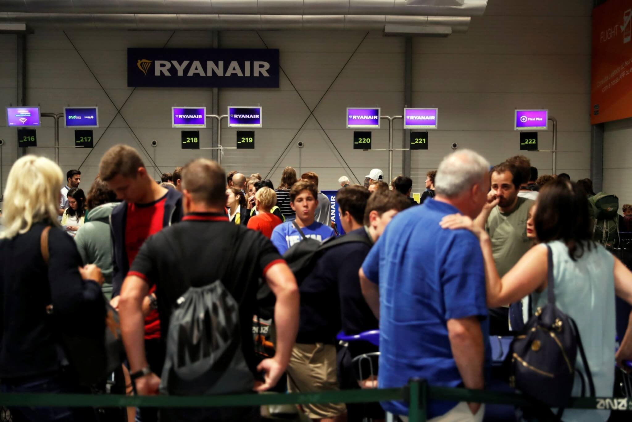 Ryanair 'systems failure' brings chaos to major airports across Europe