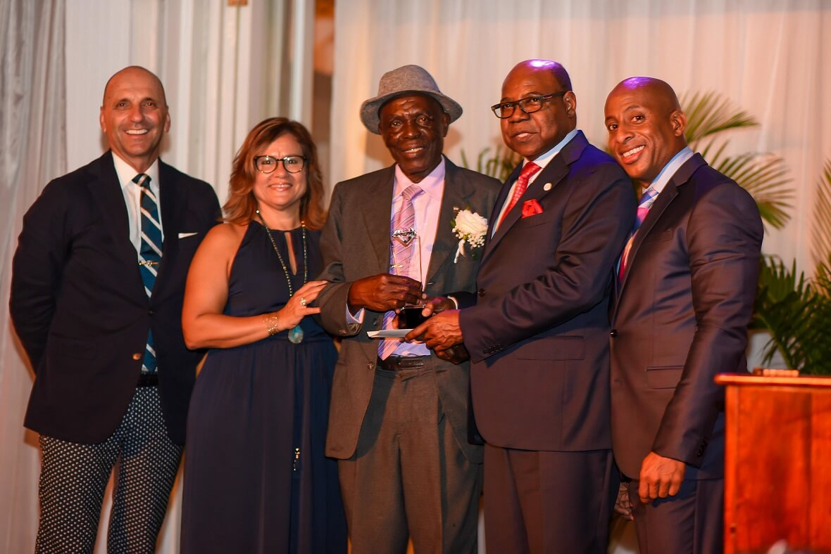 Professional classification coming for Jamaica tourism workers | BUZZ.travel breaking news