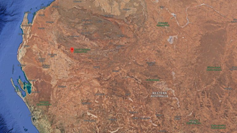 Extensive search for elderly German tourist hiking in WA's north
