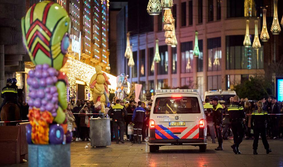 Black Friday Shopping knife attack injures shoppers in The Hague