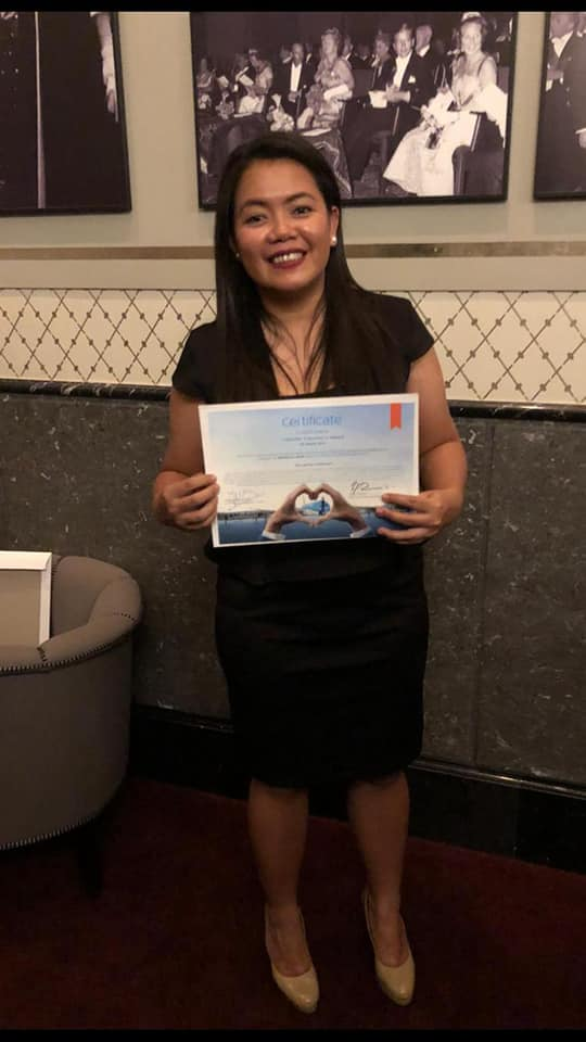 KLM Agent in the Philippines saved American Traveler in Moscow and gets awarded twice | BUZZ.travel breaking news