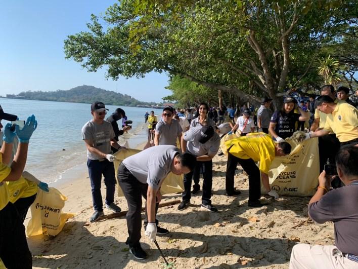 """، """"ظل المحيط الأزرق"""" يمثل العام الثالث لـ TAT في جهود التنظيف """"Upcycling the Oceans، Thailand"""" ، أخبار العالم العاجلة   للنشر الفوري"""