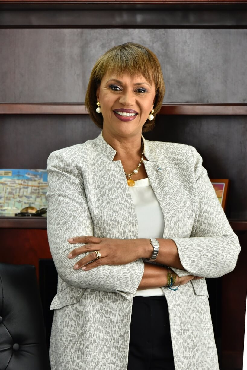 Bahamas Tourism Director General Named Caribbean Tourism Director of The Year