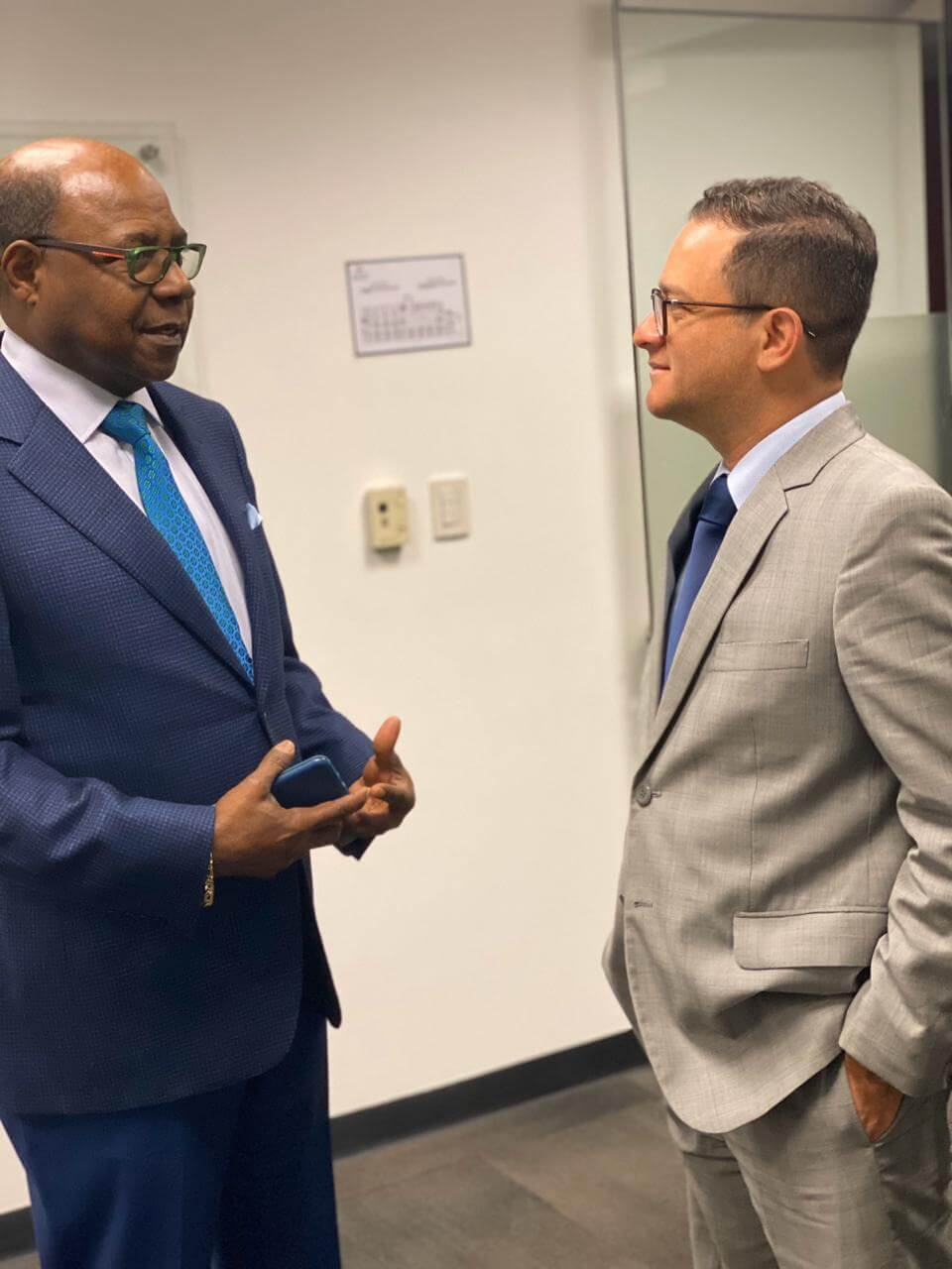 Jamaica and Peru Discuss Ways to Strengthen Bilateral Relations
