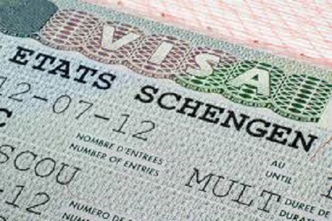 Traveling from Austria to Italy?  Schengen Border is closed