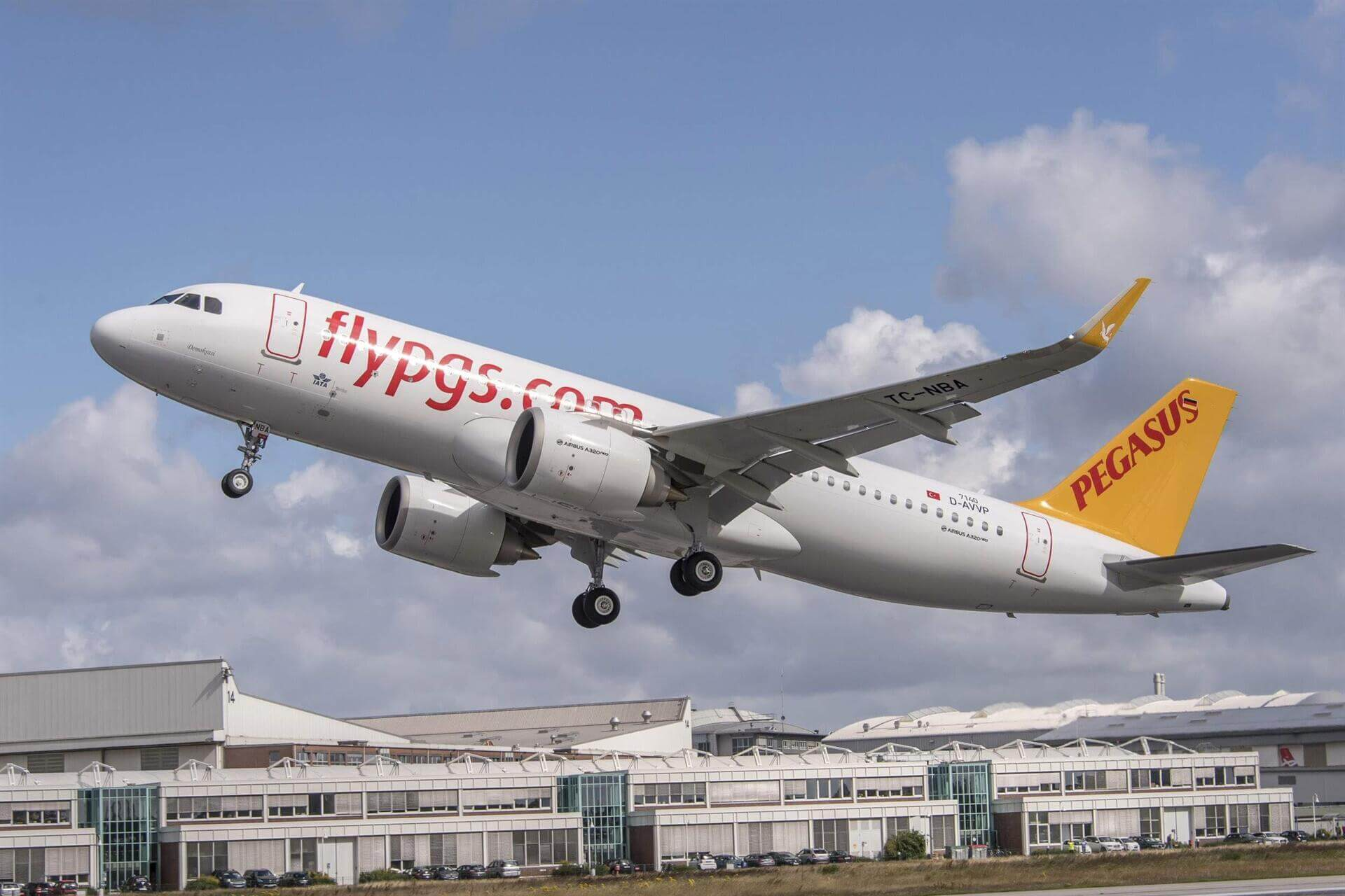 Pegasus launches new direct London and Helsinki flights