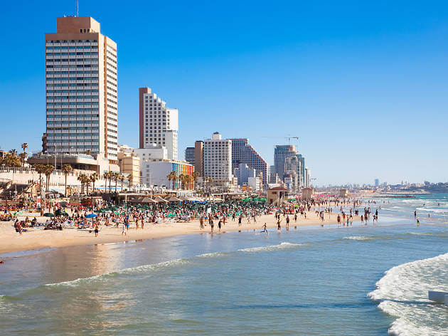 Israeli hotels break record with 12.1 million tourists in 2019