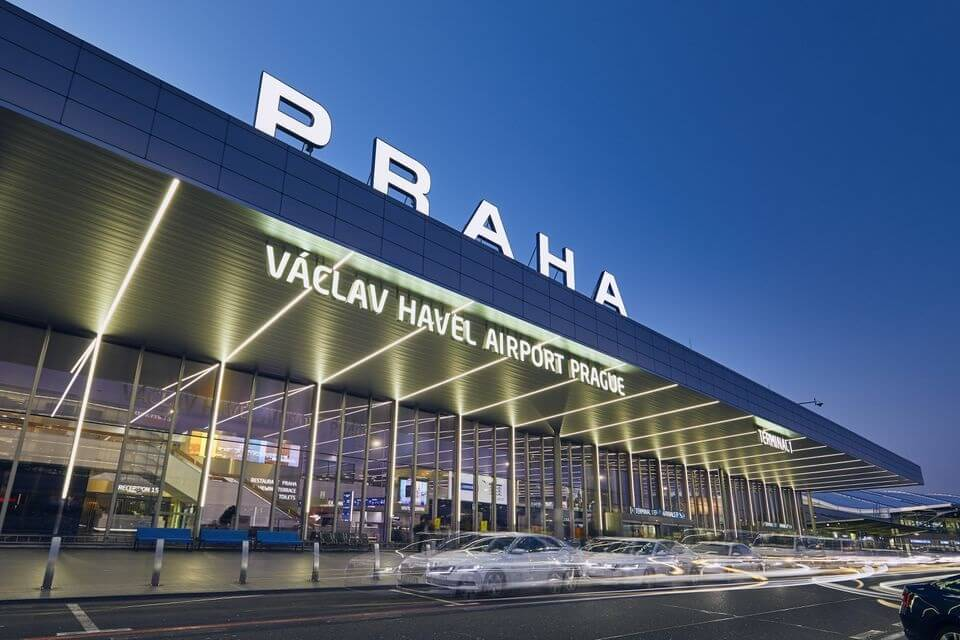 17.8 million airline passengers traveled through Prague Airport in 2019