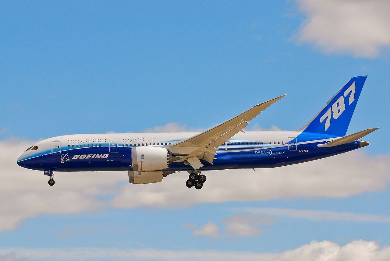 China Aircraft Leasing Group receives its first Boeing 787 Dreamliners