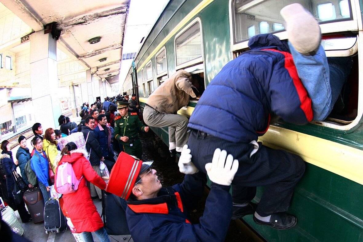 China: Over 300 million Spring Festival train tickets already sold