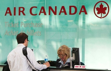 Customer service agents reach deal with Air Canada