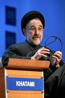 Ny filohan'ny IIPT Louis D'Amore dia namporisika ny hanaraka ny tolo-kevitry ny filoham-pirenena Iran Khatami