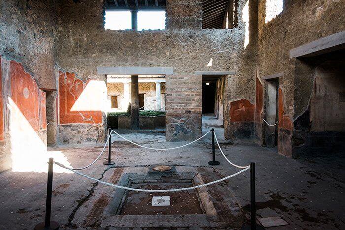 Tourists love Pompeii restoration