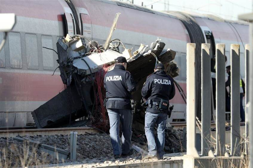 Two killed, 29 injured in Milan high-speed train crash