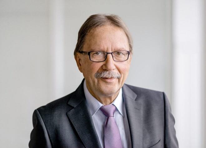 Fraport AG Supervisory Board chairman announces retirement