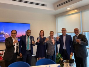 Royal Caribbean signs agreement with Antigua for first Royal Beach Club