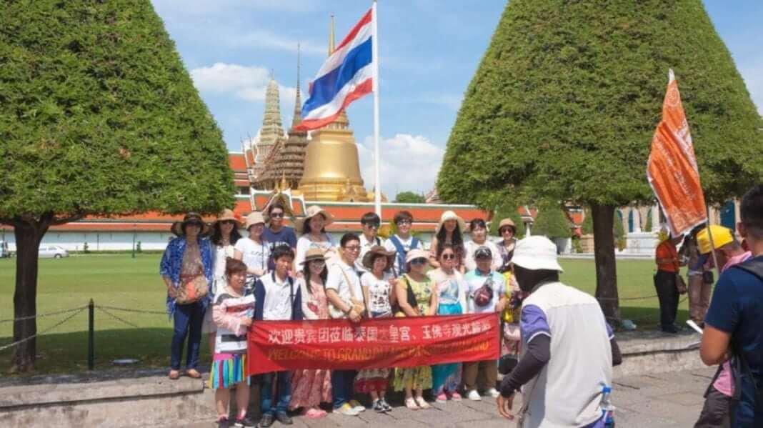 Thailand faces a 1.6 billion Dollar tourism