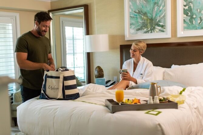 Snuggle by the Sea at L'Auberge Del Mar with Valentine's Day Dinner and Room Packages