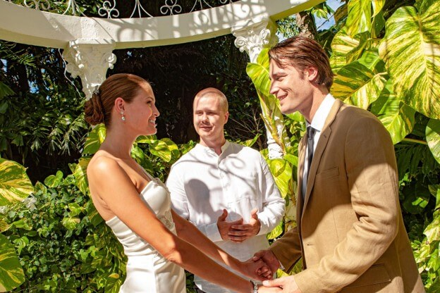 Why A Destination Wedding Can Save Money And Nerves
