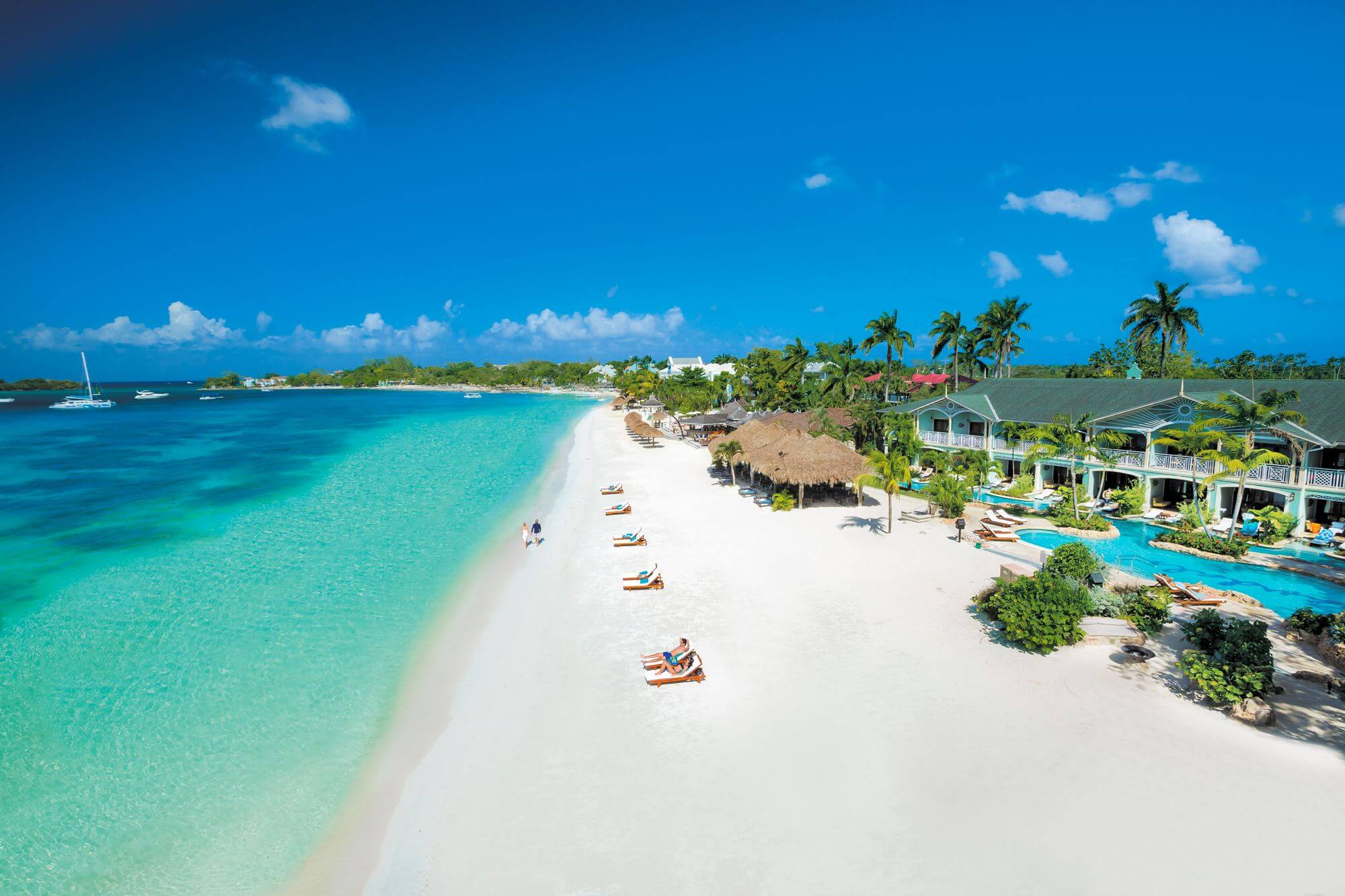Why you can afford a luxury vacation in the Bahamas