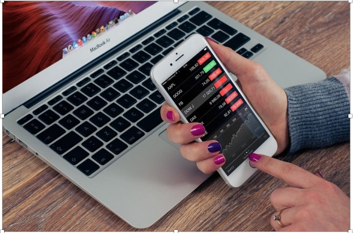 Recent Trends in the Development of the Online Trading Industry