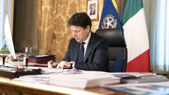 Italy PM Issue New Decree Shutting Down More of the Country