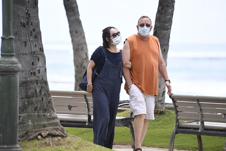 Honolulu Mayor mandates face masks in public for Oahu residents