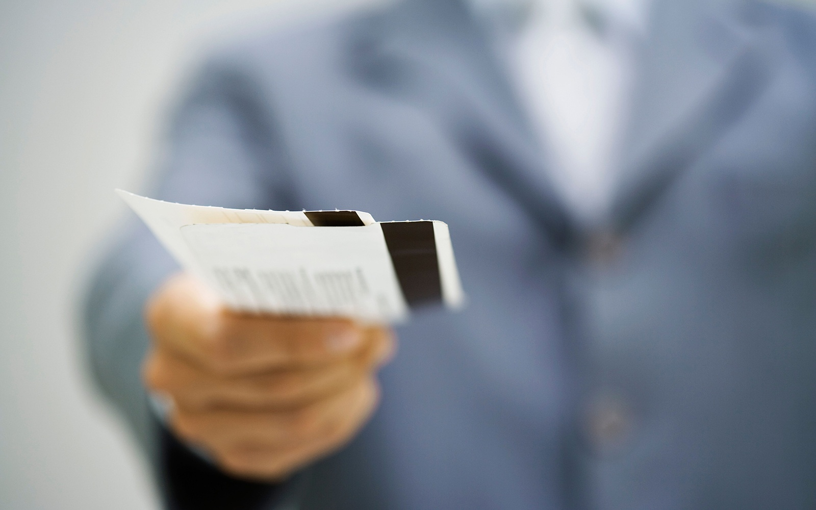 ARC: US travel agencies airline ticket sales decline 86% in March