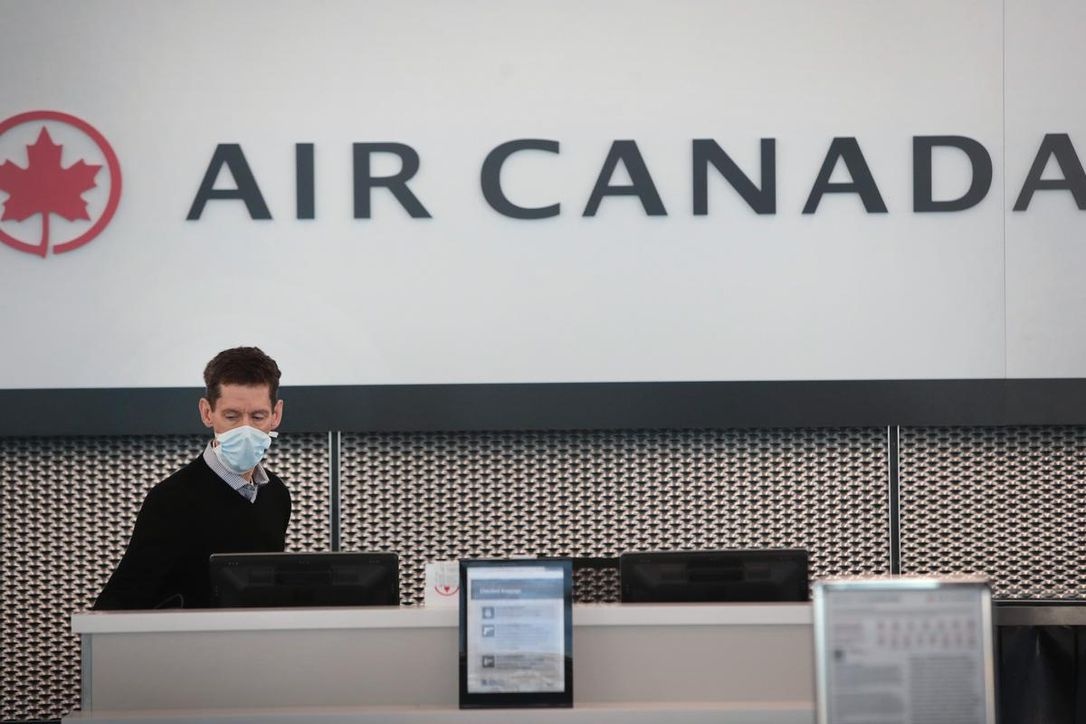 Air Canada workers to receive income top-up