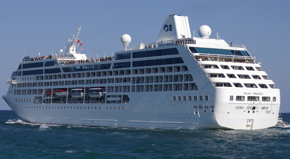 Hawaii officials: Oahu residents allowed to disembark cruise ship in Honolulu