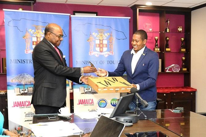 Jamaica Agri-Tourism Strengthened says Minister Bartlett