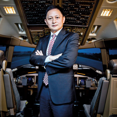 Read Singapore Airlines CEO Heartfelt Apology and Gift for Elite Members