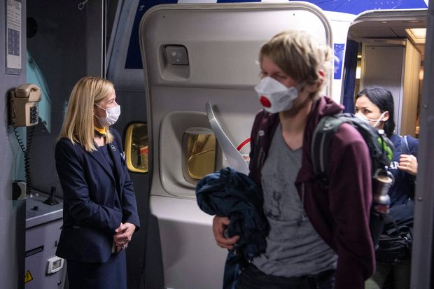 American, Delta, Frontier to require passengers to wear face masks