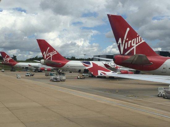 Virgin Atlantic cuts 3,000 jobs and ends Gatwick flights