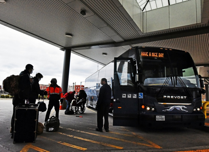 Greyhound requires face covering onboard their buses