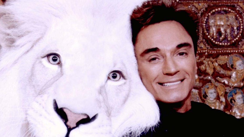 Coronavirus killed a lion of a Star today: Roy of Siegfried & Roy dead