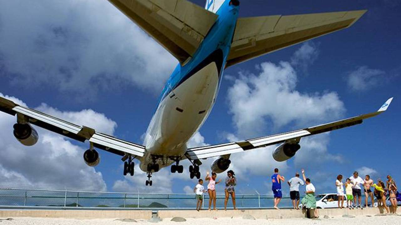 COVID-19 prevention measures in full effect at St. Maarten's airport