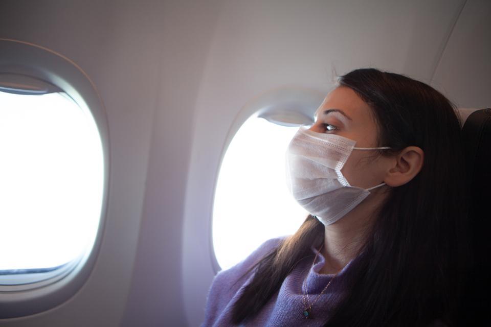 Alaska Airlines: Wear mask or else!