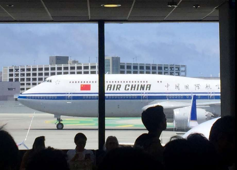 Dramatic decline in air services from China to US