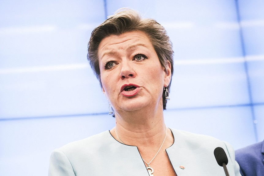EU Commissioner: Europe could be free-travel zone again by July
