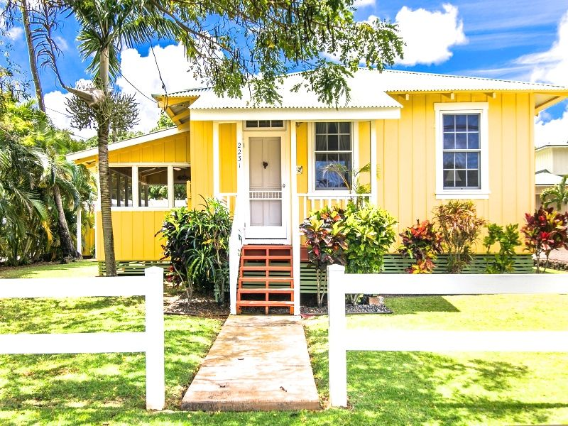 Hawaii Vacation Rentals are Down, Down and Down