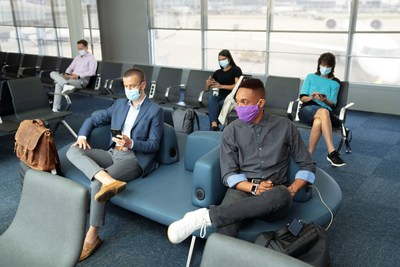 United Airlines extends mask requirements to airports