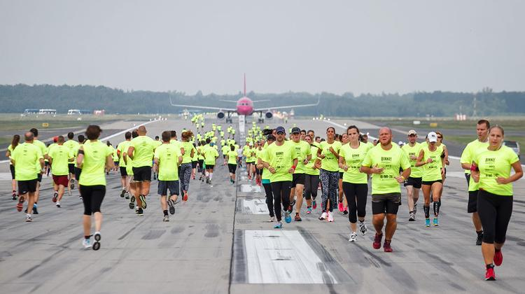 Budapest Airport's charity runway race to go ahead