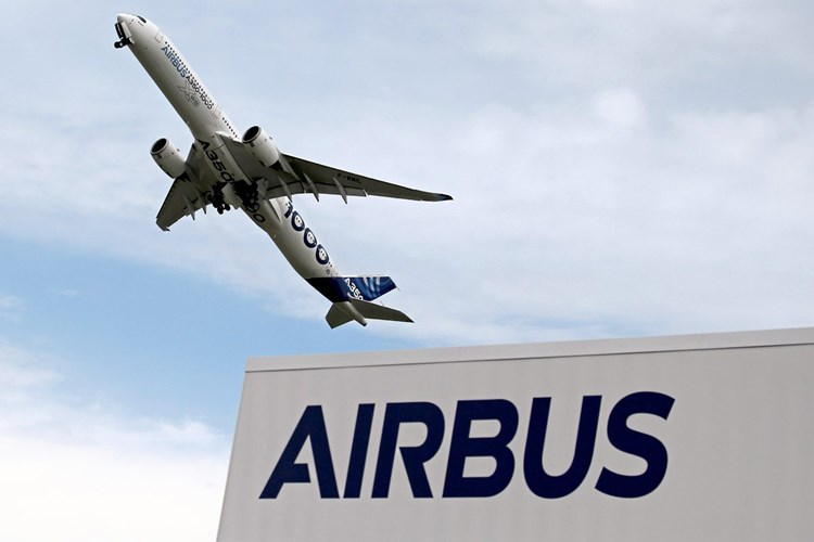 Airbus: 36 commercial aircraft deliveries in June, versus 24 in May