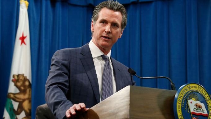 California Governor Shuts Down Restaurants, Theaters