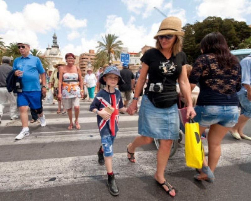 Spain's tourism industry to struggle as UK travel corridors are removed