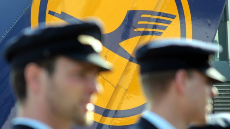 Lufthansa and Vereinigung Cockpit pilots' union agree on COVID-19 crisis measures
