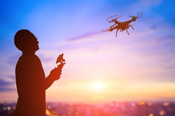FAA takes drone safety to Spanish-speaking community